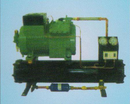 比泽尔水冷机组